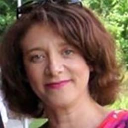 Dr Susan Davis portrait
